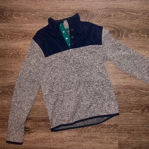 Sweaters - Super soft Gray/Navy Pullover Sweater